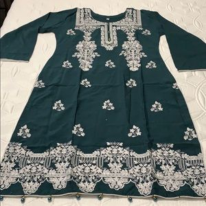 Dresses & Skirts - 🌹BRAND NEW PAKISTANI SHALWAR KAMEEZ🌹